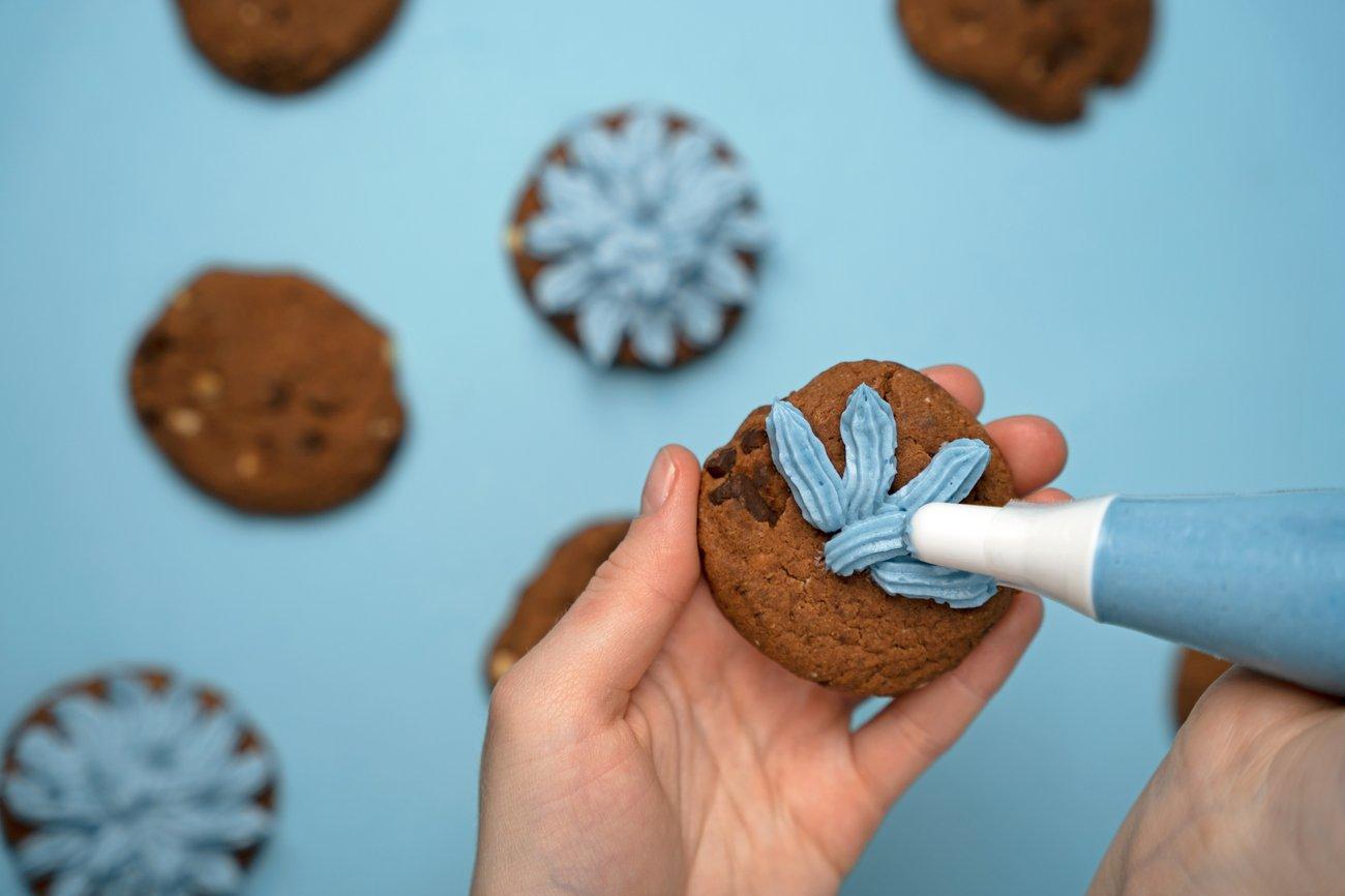 Wholey Cookie Monster Freak Shake