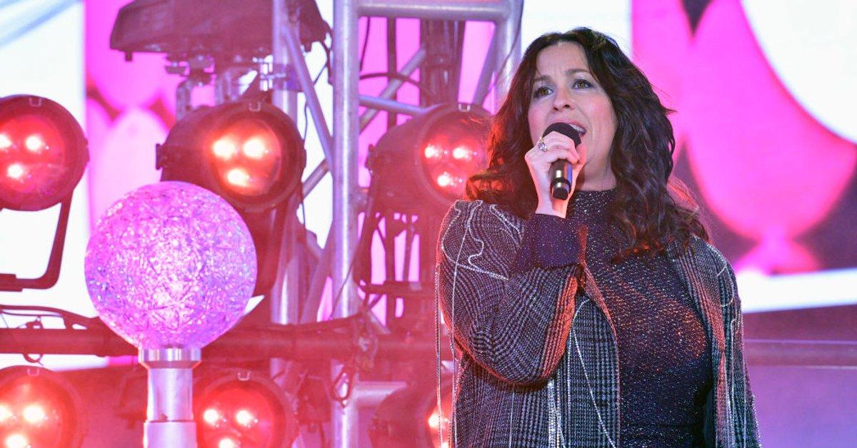 OMG: Alanis singt mit Tochter Onyx bei Jimmy Fallon | familie.de