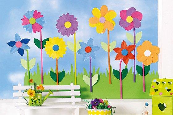 Fensterdeko Für Den Frühling Bunte Blumenwiese Familiede