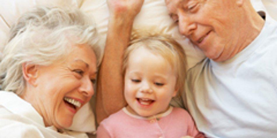 Warum Oma Und Opa Wichtig Sind Familiede