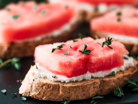 Melone auf Brot