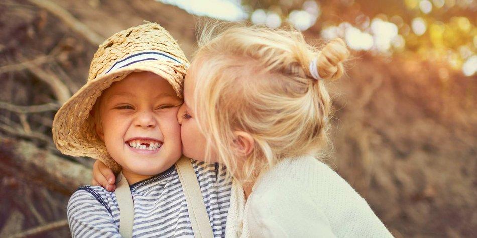 Fakta Ciuman: 6 Fakta Menakjubkan Tentang Memeluk, Memukul, dan Berciuman