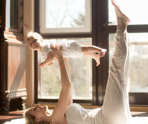 "Pilates mit Baby: Der Baby ""Hundred"""
