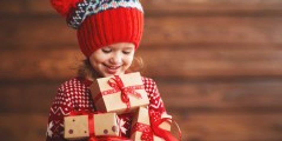 Warum Geschenke Kinder Unglücklich Machen Können Familiede