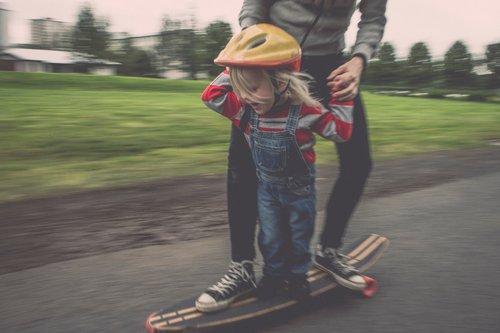 Sport mit Kindern Skateboarden