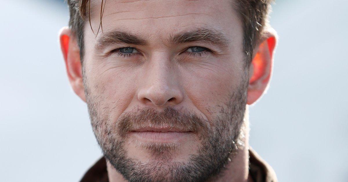 Nanu? Wer planscht denn da mit Schauspieler Chris Hemsworth? | familie.de