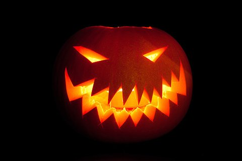 Halloween Kurbisgesichter Schnitzen Vorlagen