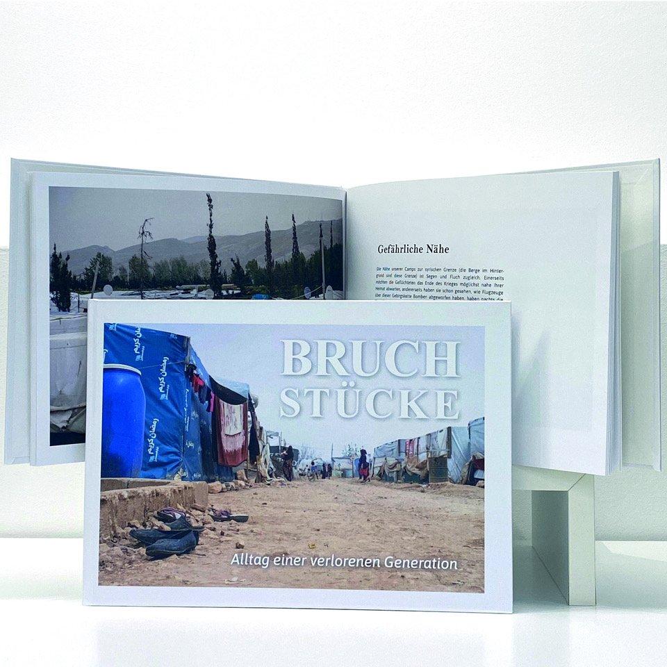 Zeltschule_Buch_Bruchstücke_2692x2692