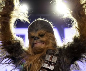 Star Wars Kuchen backen: So machst du coole Chewbacca Wookiee Cupcakes