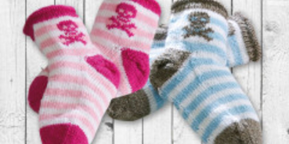 Kindersocken mit Piratenmotiv stricken